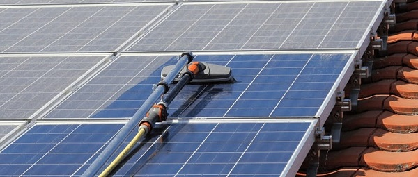 renigen zonnepanelen